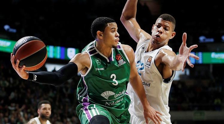 Daçka'ya NBA patentli oyun kurucu