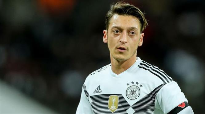 """Mesut Özil'den flaş karar! """"Artık yeter"""""""