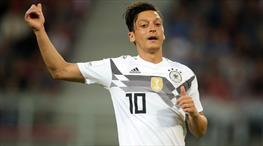 Almanya'dan Mesut Özil cevabı