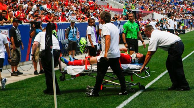 Benfica'ya Fenerbahçe maçı öncesi çifte şok (ÖZET)