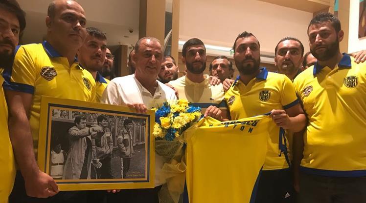Ankaragücü taraftarlarından Galatasaray'a ziyaret