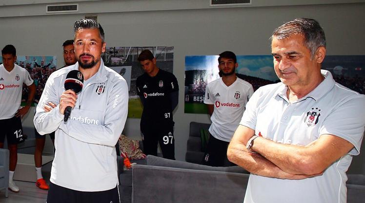 Beşiktaş'ta İlhan Mansız'a sürpriz!