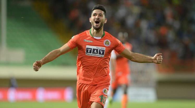 Galatasaray Emre Akbaba'da mutlu sona ulaştı!