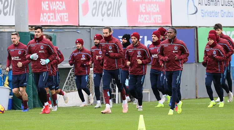 Trabzonspor Antalya'ya gençlerle gidiyor!