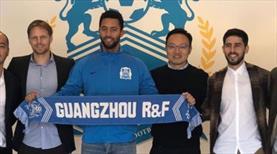 Dembele resmen Guangzhou'da