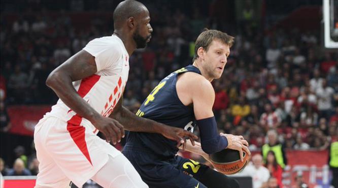 Fenerbahçe Beko Sırbistan'da kayıp (ÖZET)