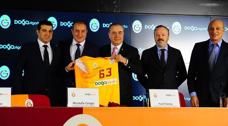 """""""Galatasaray transfer yasağını kaldıracak güçtedir"""""""