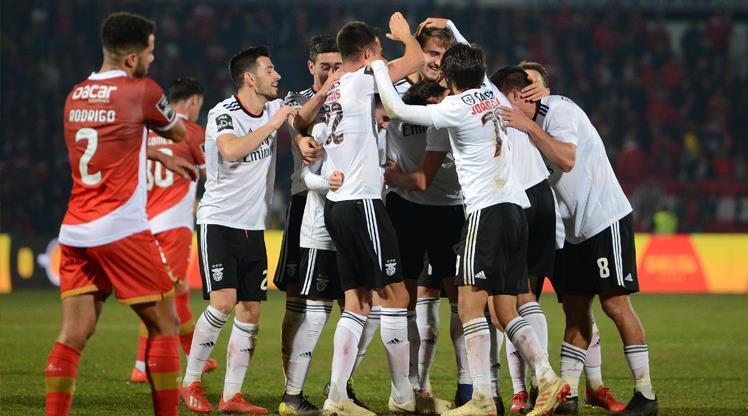 Benfica takibi sürdürdü