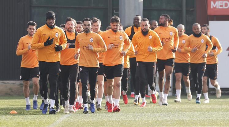 Galatasaray'da Antalya hazırlıkları