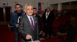 Karabük'te Mehmet Yüksel yeniden başkan