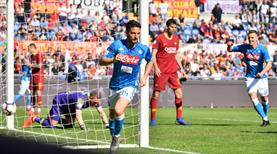 Napoli dev maçta şov yaptı! (ÖZET)