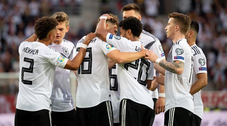 Almanya şov yaptı: 8-0