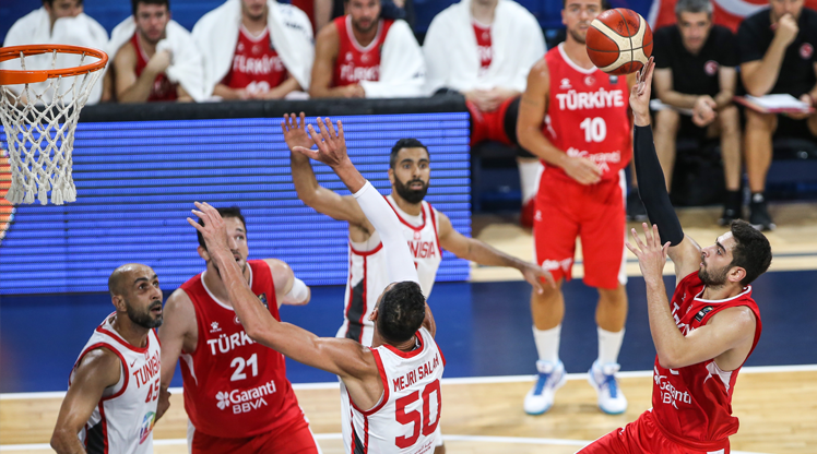 12 Dev Adam'ın son kurbanı Tunus