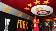 Galatasaray Nzonzi transferini işte böyle duyurdu!