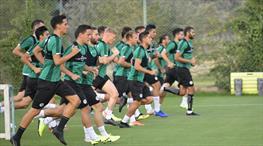 Konyaspor, Y. Denizlispor'a hazırlanıyor