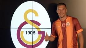Ve Podolski formayı giydi!