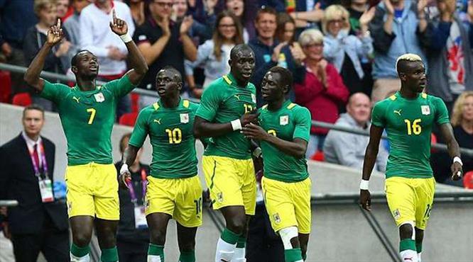 Demba Ba'lı Senegal'e yoğun ilgi