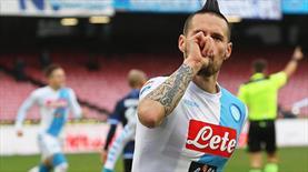 Napoli ilk yarı durdu, ikinci yarı vurdu (ÖZET)