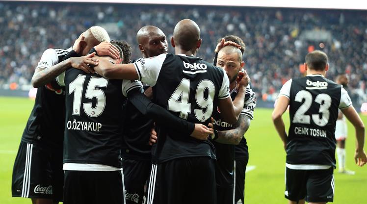 Beşiktaş'ın Trabzonspor ile oynaması, Lyon maçını olumsuz etkiler mi?
