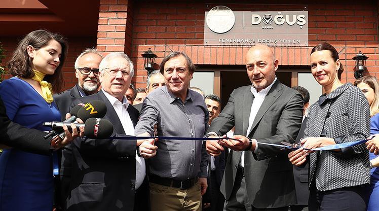 Fenerbahçe'nin yenilenen yelken tesisleri açıldı