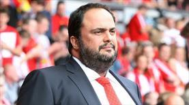 Nottingham Forest'ın hisselerini satın aldı!