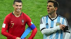 Ronaldo sırasını savdı! Gözler şimdi Messi'de...