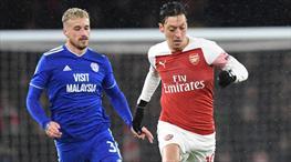 Arsenal ikinci yarıda açıldı (ÖZET)
