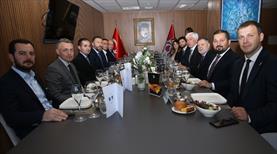 Trabzonspor'dan dostluk yemeği