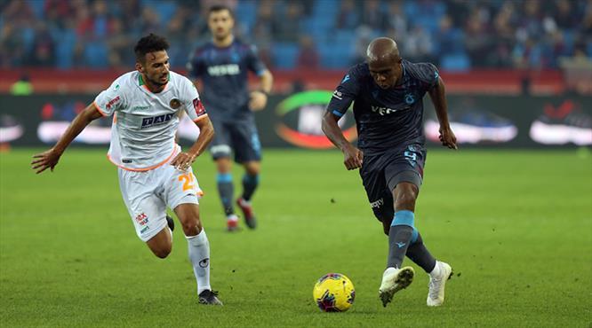 Trabzonspor - Aytemiz Alanyaspor: 1-0 (ÖZET)