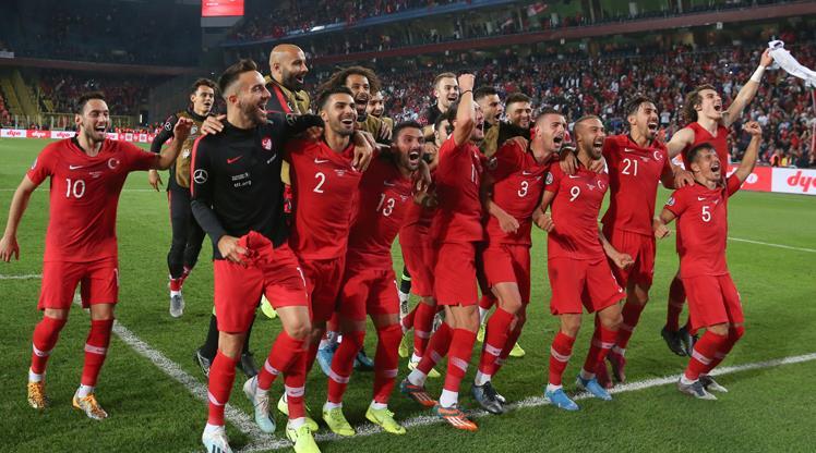 Milliler EURO 2020 bileti için sahada