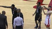 NBA'de geceye damga vuran an! Babası için teknik faul istedi