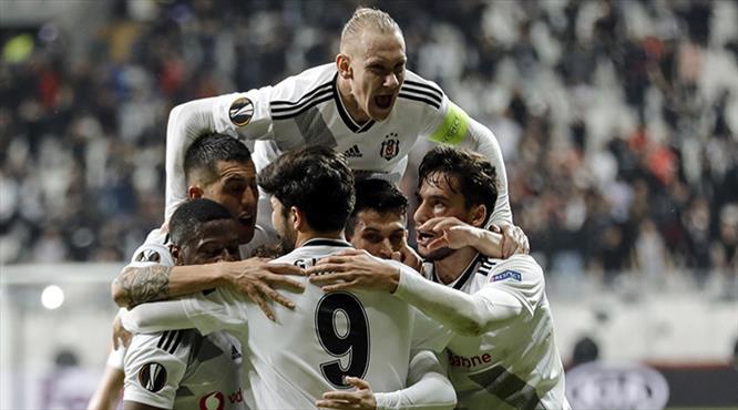 Beşiktaş - Slovan Bratislava: 2-1 (ÖZET)