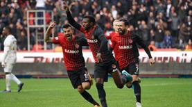 Gaziantep FK - İM Kayserispor: 3-0 (ÖZET)
