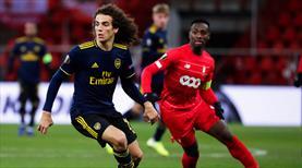 Arsenal 3 dakikada geri döndü (ÖZET)