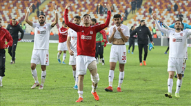 Liderde Fenerbahçe mesaisi