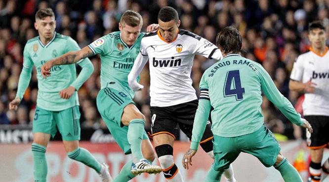 Real Madrid'i Benzema kurtardı