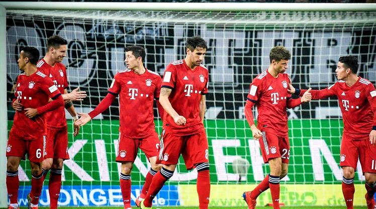 Bayern zirveye tutundu