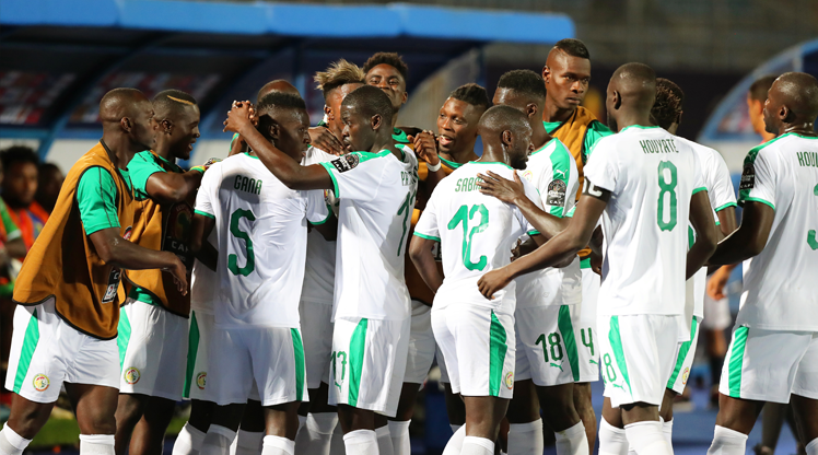 Senegal zorlanmadı