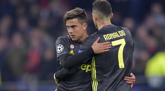 Juventus'un zor kararı! Rekor teklif masada..