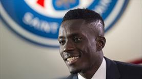 Paris Saint-Germain'de mutlu son