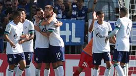 Schalke 04 şovla turladı