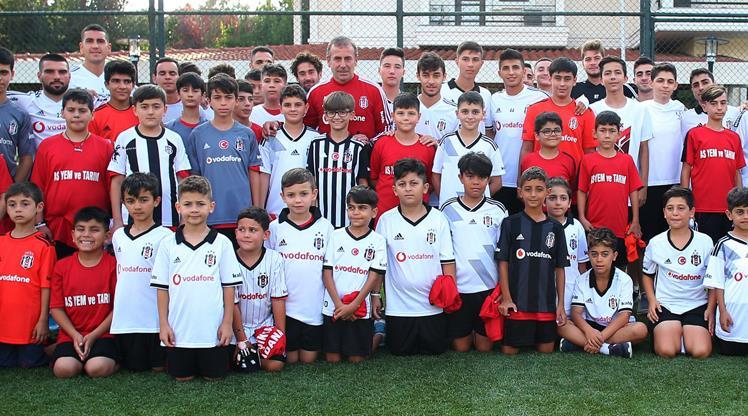 Beşiktaş'ın ziyaretçileri var