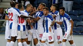 Tiquinho şov yaptı, Porto kazandı
