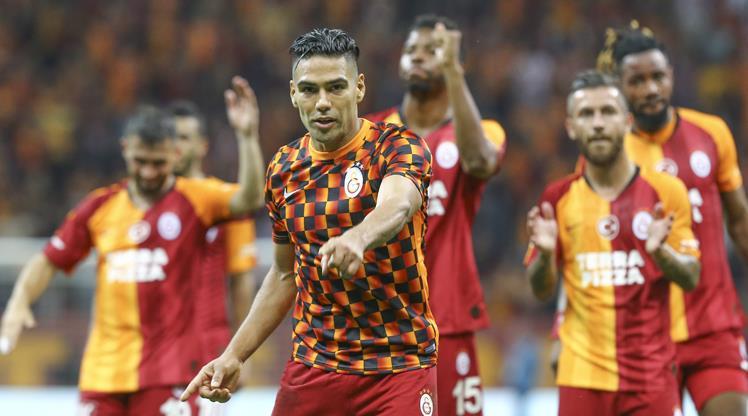 Galatasaray 100. galibiyet için sahaya çıkacak