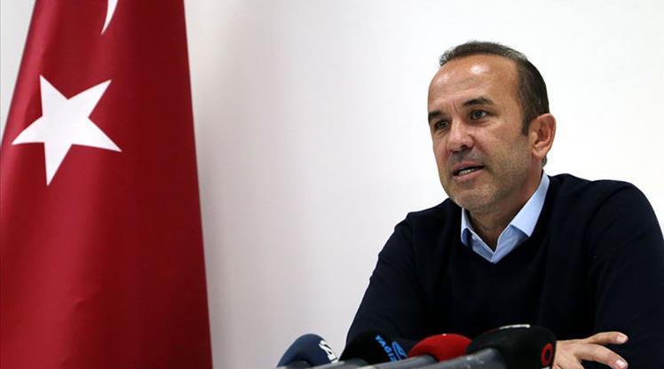 Mehmet Özdilek'ten fikstür tepkisi