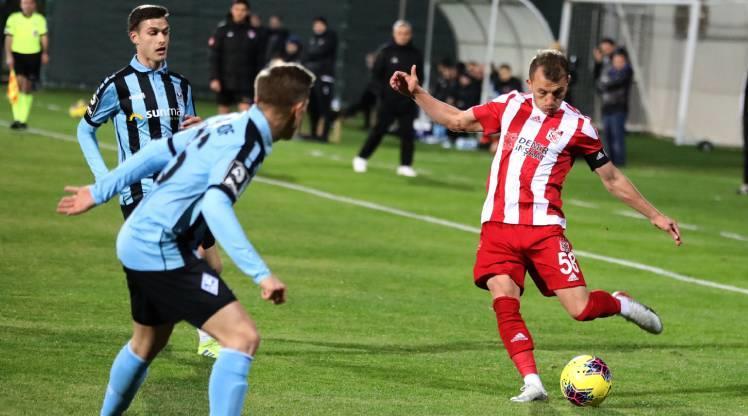 DG Sivasspor berabere kaldı