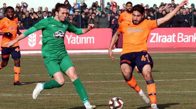 Medipol Başakşehir'e kupada büyük şok!