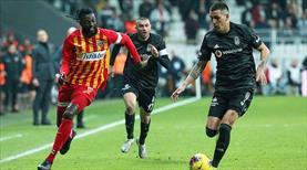 Adebayor'a Premier Lig'den iki talip var