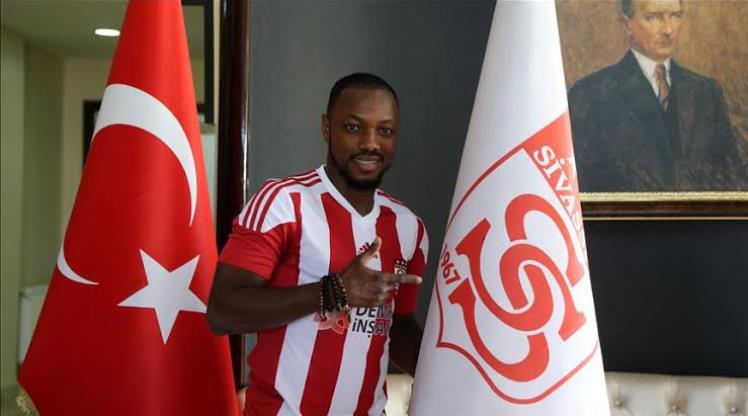 Bursaspor, DG Sivasspor'dan Traore'yi kiraladı
