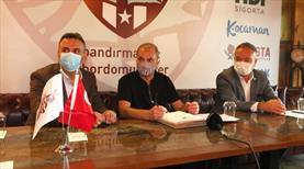 Bandırmaspor, Erkan Sözeri ile imzaladı